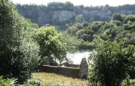 A photo of the ruins Lancaut church on the banks of the Wye.